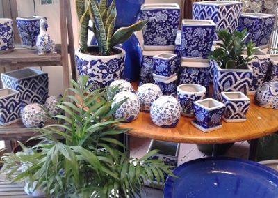 blue giftware pots